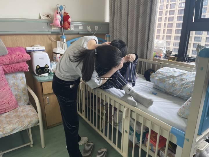 """15岁少年癌症晚期一句话惹心酸:""""妈妈,等我不在了..."""""""