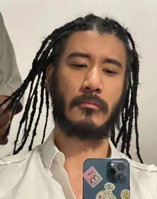王力宏:45岁、年入过亿、家徒四壁……