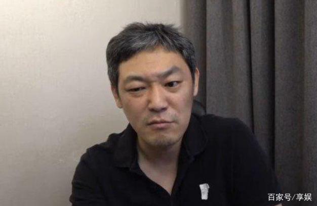 崔智友老公被曝出轨,疑开车约女人去旅馆,曾被传是牛郎