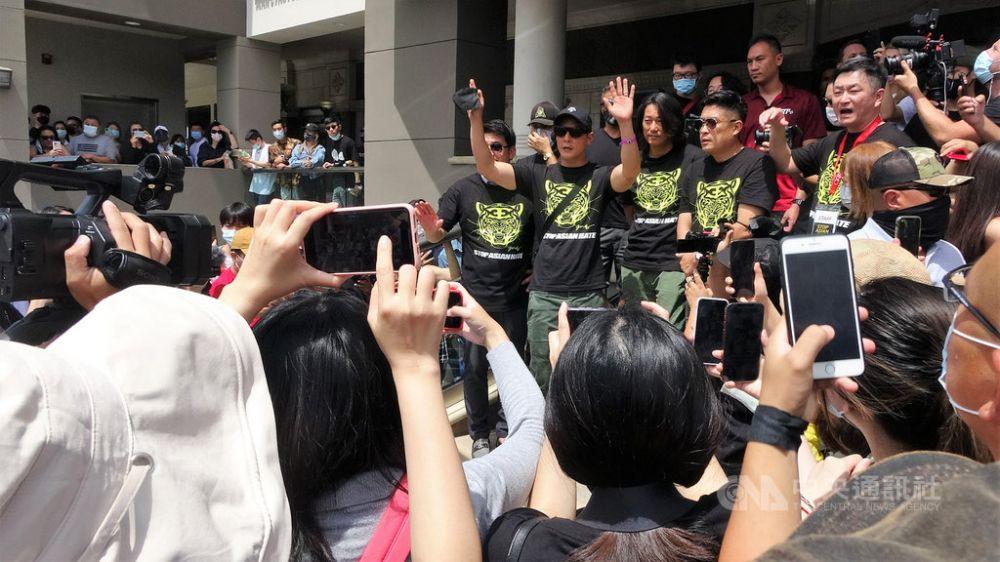 吴彦祖带头!集千万超跑加州游行为亚裔发声