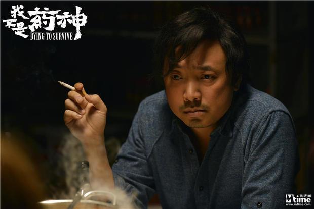 中国八部门联合声明:吸烟镜头过多影视剧不评优(图)