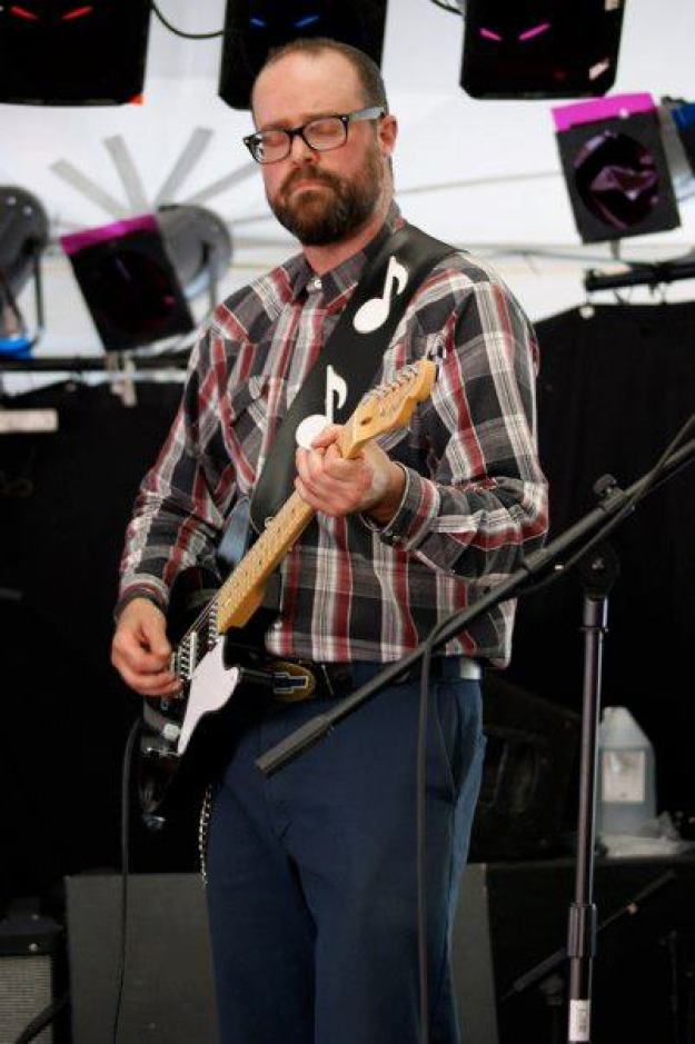 Desperados Stampede - Jul 12, 2012 - Scott Martin on electric guitar