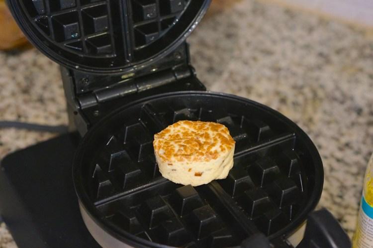 waffle-maker-and-bun