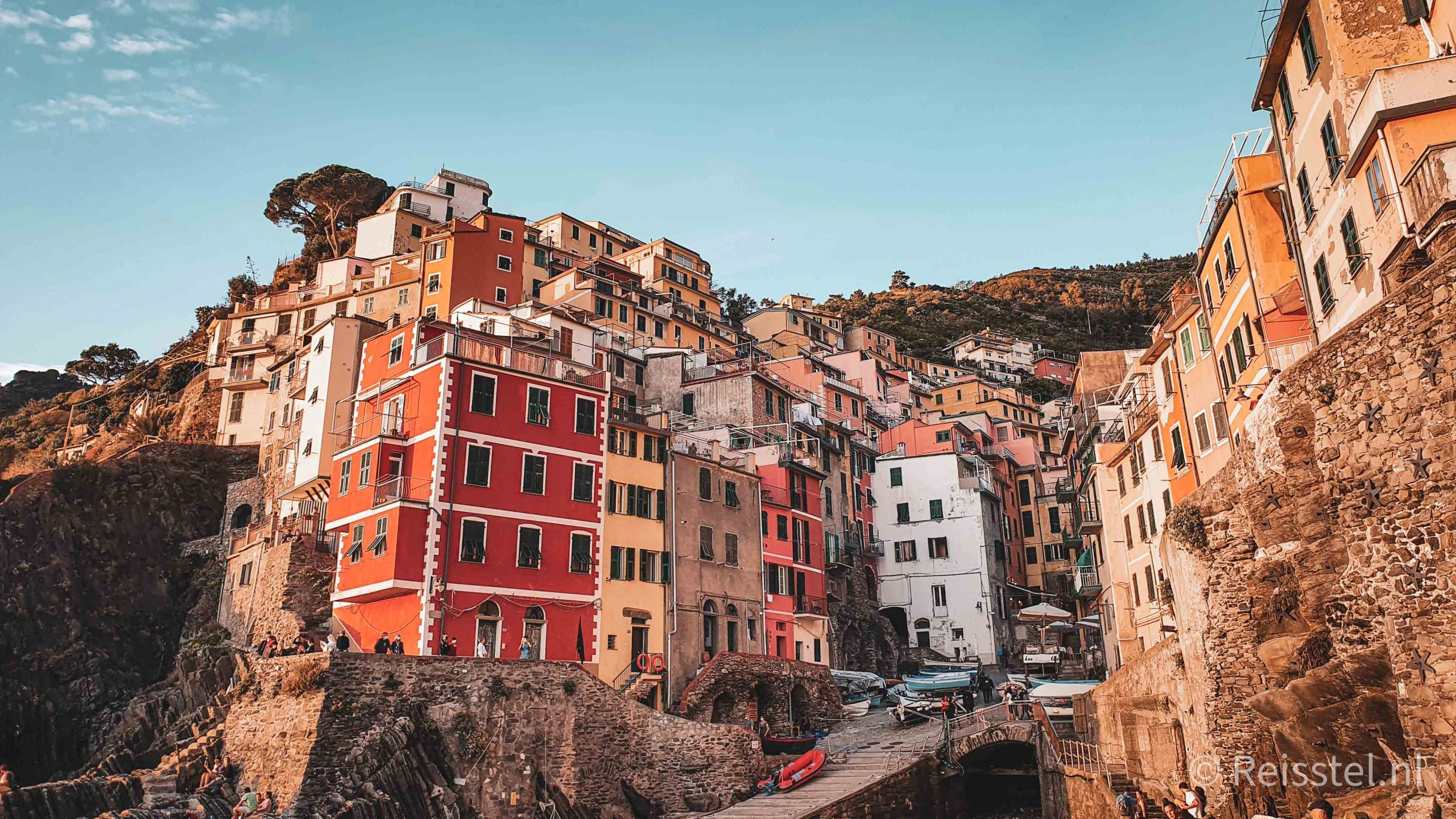 Must do in Italië: de Cinque Terre hike | 2 daagse wandeling via @wereldreizigersnl