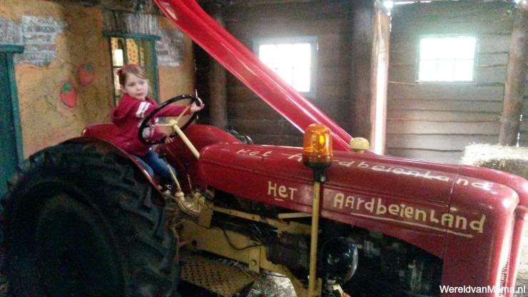 TractorAardbeienland