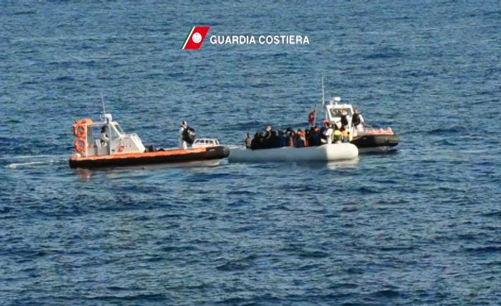 soccorso migranti guardia costiera