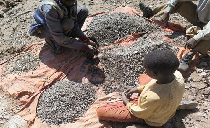 bambini minatori cobalto congo