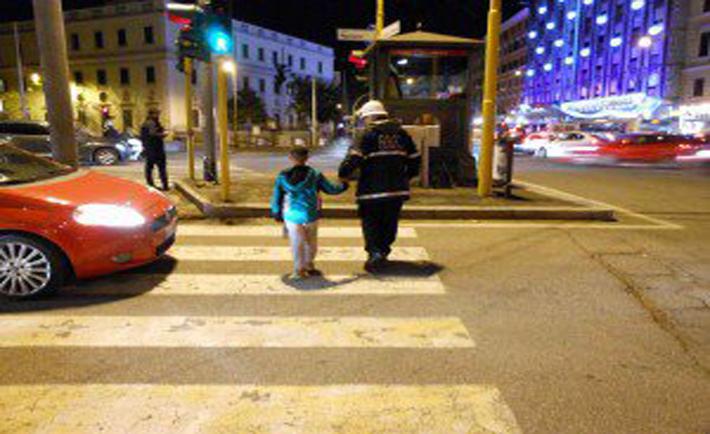 vigili ritrovano bambino smarrito