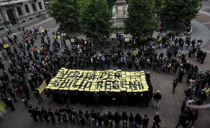 Milano, flash mob per giulio regeni