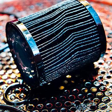 Verbrauchter Ölfilter – stark verschmutzt.