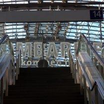 Treppe zum Bahnsteig