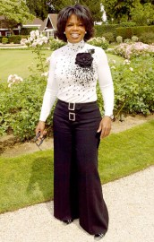 Oprah in July 2004 in Paris at the Christian Dior haute couture fashion show