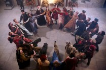 """GALAVANT - """"Two Balls"""" (8:00-8:30 p.m., ET) - A visit to Sid's hometown reveals he has not been truthful about his career path. While Galavant and Isabella back up Sid's stories, King Richard decides to throw a ball to cheer up the people of Valencia. The highly-anticipated comedy extravaganza, """"Galavant,"""" will air its third and fourth half-hour episodes back to back on SUNDAY, JANUARY 11 (8:00-9:00 p.m., ET) on the ABC Television Network. (ABC/Todd Antony)"""