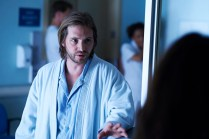 """12 MONKEYS -- """"Mentally Divergent"""" Episode 102 -- Pictured: Aaron Stanford as Cole -- (Photo by: Ken Woroner/Syfy)"""