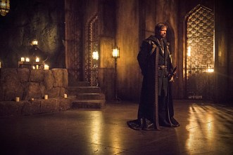 """Arrow -- """"Nanda Parbat"""" -- Image AR315B_0124b -- Pictured: Matt Nable as Ra's al Ghul -- Photo: Cate Cameron/The CW -- © 2015 The CW Network, LLC. All Rights Reserved."""