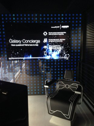 The Divergent Series: Insurgent Shatter Reality Experience by Samsung Gear VR - Inside Booth