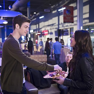 """The Flash -- """"Out of Time"""" -- Image FLA115A_0212b -- Pictured (L-R): Grant Gustin as Barry Allen and Malese Jow as Linda Park -- Photo: Diyah Pera/The CW -- �© 2015 The CW Network, LLC. All rights reserved."""
