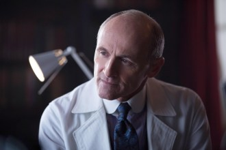 """GOTHAM: Colm Feore guest-stars as Dr. Dulmacher in the """"Everyone Has A Cobblepot"""" episode of GOTHAM airing Monday, March 2 (8:00-9:00 PM ET/PT) on FOX. ©2015 Fox Broadcasting Co. Cr: Jessica Miglio/FOX"""