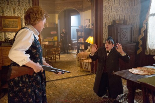 """GOTHAM: Oswald Cobblepot (Robin Lord Taylor, R) finds himself in a dangerous situation in the """"Everyone Has A Cobblepot"""" episode of GOTHAM airing Monday, March 2 (8:00-9:00 PM ET/PT) on FOX. Also pictured: guest star Becky Ann Baker, L. ©2015 Fox Broadcasting Co. Cr: Jessica Miglio/FOX"""