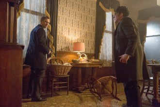 """GOTHAM: Gordon (Ben McKenzie, L) and Oswald Cobblepot (Robin Lord Taylor, R) find themselves in a difficult situation in the """"Everyone Has A Cobblepot"""" episode of GOTHAM airing Monday, March 2 (8:00-9:00 PM ET/PT) on FOX. ©2015 Fox Broadcasting Co. Cr: Jessica Miglio/FOX"""