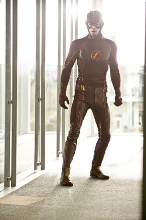 """The Flash -- """"All Star Team Up"""" -- Image FLA118B_0060b -- Pictured: Grant Gustin as The Flash -- Photo: Cate Cameron/The CW -- © 2015 The CW Network, LLC. All rights reserved."""