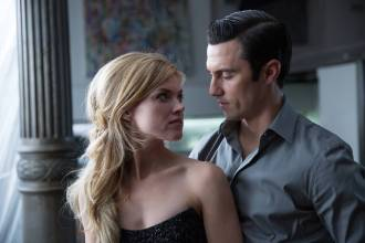 GOTHAM: Barbara (Erin Richards, L) greets Jason Lennon (guest Star Milo Ventimiglia, R) in his penthouse in ÒThe Anvil or the HammerÓ episode of GOTHAM airing Monday, April 27 (8:00-9:00 PM ET/PT) on FOX. ©2015 Fox Broadcasting Co. Cr: Jessica Miglio/FOX.