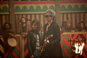 """Doctor Who: Season 9, Episode 1 """"The Magician's Apprentice"""". Photo : Copyright © Simon Ridgway, 2015 / +44 (0)7973 442527 / www.simonridgway.com / pictures@simonridgway.com / 18.02.15 : Doctor Who Series 9 Block 2. Photo Credit: Simon Ridgway, © BBC WORLDWIDE LIMITED. Image includes: Peter Capadli as The Doctor and Jenna Coleman as Clara Oswald."""