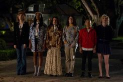 """SCREAM QUEENS: Pictured L-R: Skyler Samuels as Grace, Keke Palmer as Zayday, Lea Michele as Hester, Breezy Eslin as Jennifer, Jeanna Han as Sam and Whitney Meyer as Tiffany in """"Pilot,"""" the first part of the special, two-hour series premiere of SCREAM QUEENS airing Tuesday, Sept. 22 (8:00-10:00 PM ET/PT) on FOX. ©2015 Fox Broadcasting Co. Cr: Steve Dietl/FOX."""