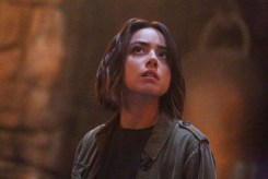 "MARVEL'S AGENTS OF S.H.I.E.L.D. - ""Purpose in the Machine"" - Fitz and the team enlist the aid of an Asgardian to unlock the secrets of the ancient monolith that swallowed Simmons, and Agent May is at a crossroads in her personal and professional life, on ""Marvel's Agents of S.H.I.E.L.D.,"" TUESDAY, OCTOBER 6 (9:00-10:00 p.m., ET) on the ABC Television Network. (ABC/Kelsey McNeal) CHLOE BENNET"