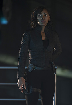 """MINORITY REPORT: Meagan Good in the all-new """"Everybody Runs"""" season finale episode of MINORITY REPORT airing Monday, Nov. 30 (9:00-10:00 PM ET/PT) on FOX. Cr: Katie Yu / FOX. © 2015 FOX Broadcasting."""