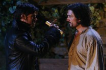 """VIDEO/PHOTOS: Preview 'Once Upon a Time' Season 5 Winter Finale """"Swan Song"""""""