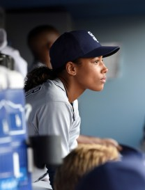 "PREVIEW: 'Pitch' Season 1, Episode 2 ""The Interim"""