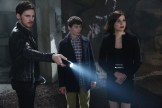 """PREVIEW: 'Once Upon a Time' Season 6, Episode 5 """"Street Rats"""""""