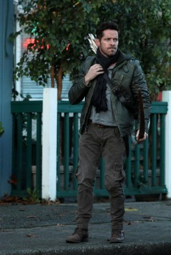 "PREVIEW: 'Once Upon a Time' Season 6, Episode 12 ""Murder Most Foul"""