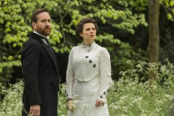Watch Hayley Atwell & Matthew Macfadyen in First 'Howards End' Trailer