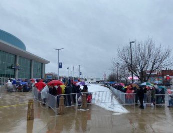 Trump supporters slept in cold weather all nights just to attend his rally