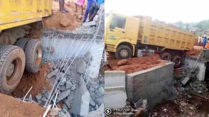 A bridge awarded by Bello Kogi Gov collapses two weeks after construction