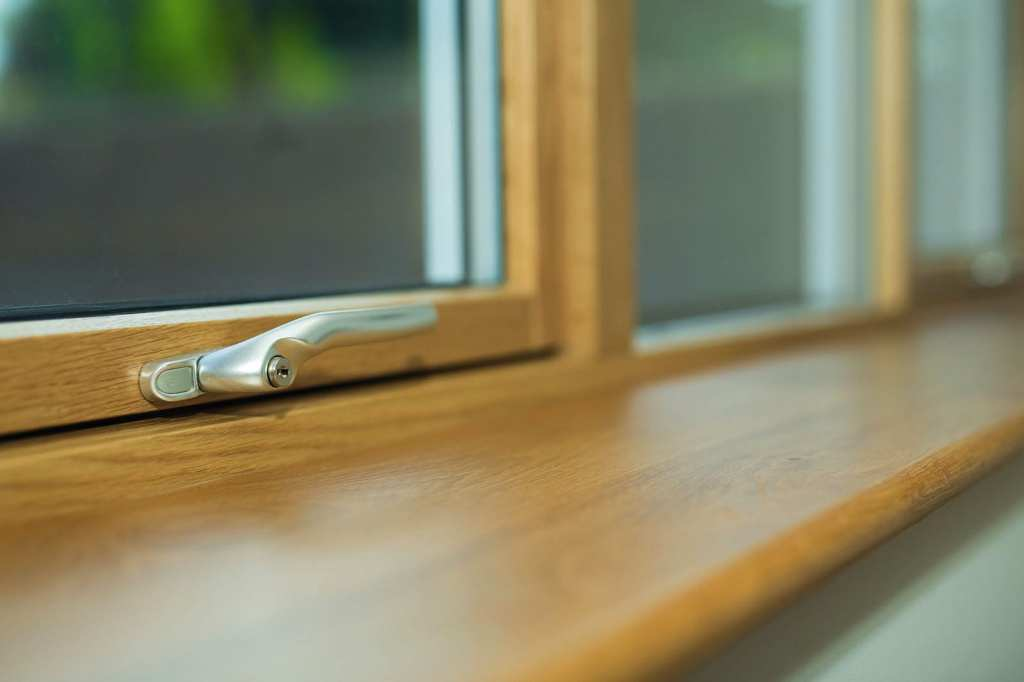 How to choose the right handles for your composite windows and doors