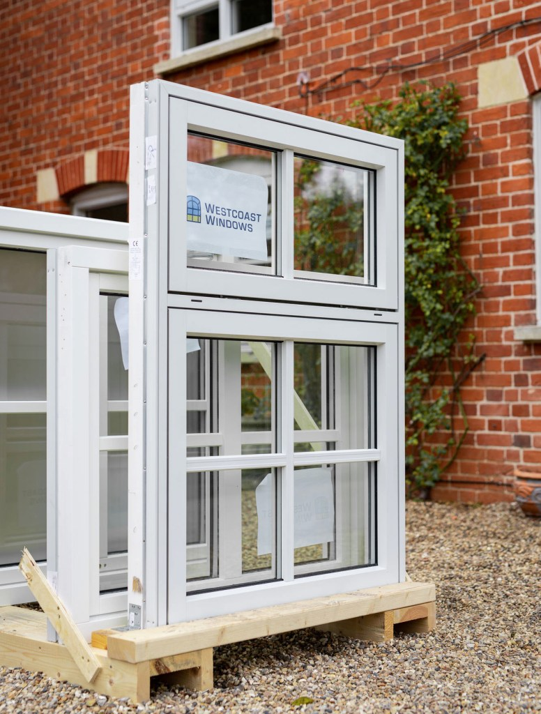 REPLACING YOUR WINDOWS – Why composite windows are the ideal choice