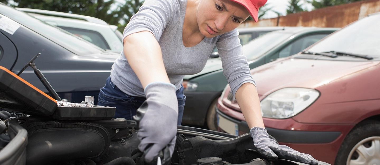 hight resolution of female mechanic at work