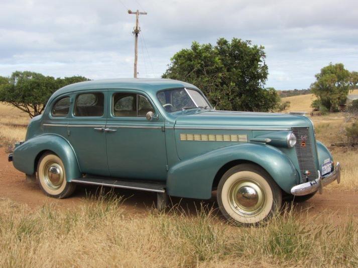 Buick-1937-3