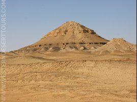 Gebel al-Dist in Bahariya Oasis