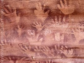 Painting of hands from the Cave of Beasts (Mestikawi-Foggini Cave)