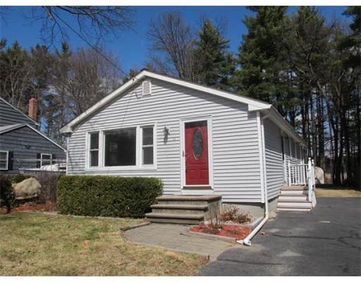 11 Doris Rd., $275,000; 3 beds, 1 bath, sold on May 29, sold by Barrett Sotheby's International Realty
