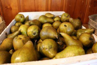 Boxc pears for sale. PHOTO BY JOYCE PELLINO CRANE