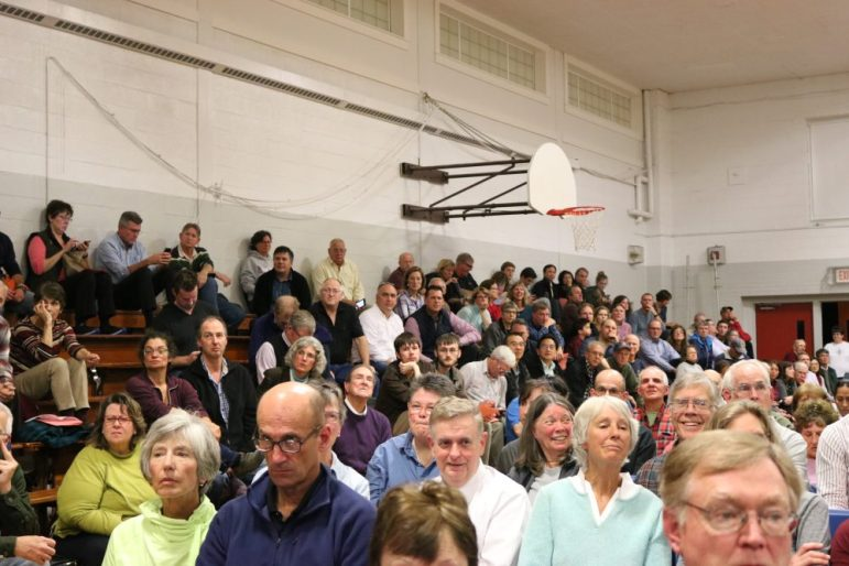 Special Town Meeting on Oct. 15, 2018. PHOTO BY JOYCE PELLINO CRANE