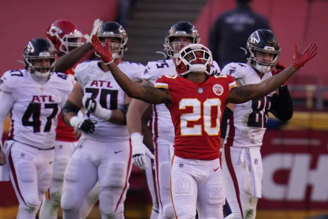 NFL capsules: Chiefs clinch AFC's top seed, Steelers win AFC North