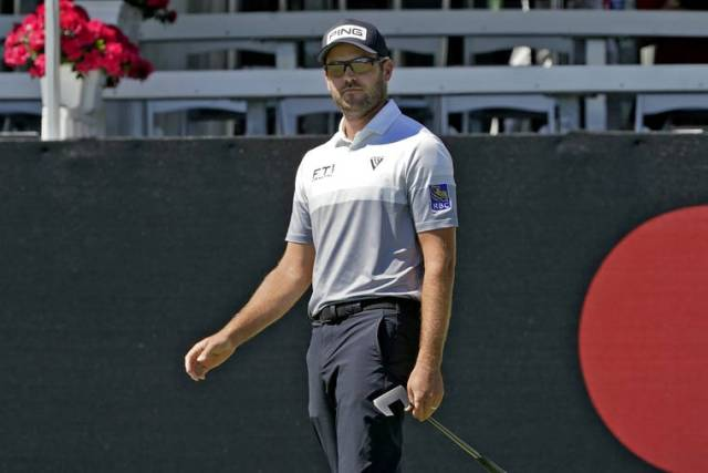 Conners builds 1-shot lead at Bay Hill as McIlroy lurks