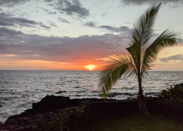 Island Life: Pau hana at Kahalu'u