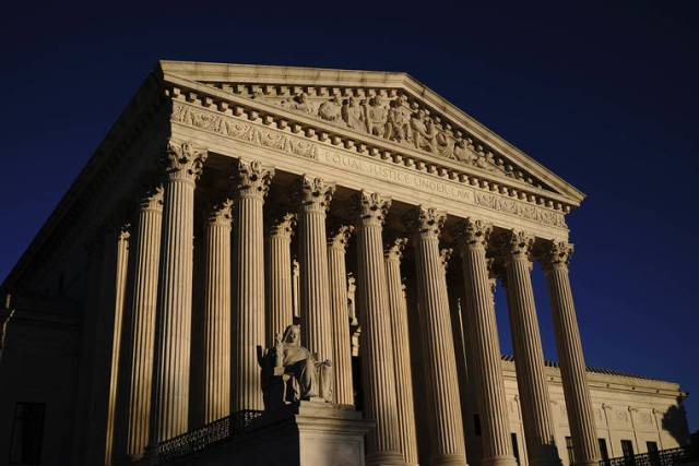 Supreme Court Seems Ready to Back Payments to Student-Athletes
